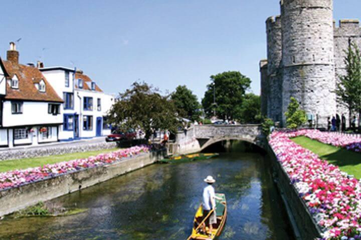 Canterbury es una ciudad acogedora y bonita que respira historia - Aprender inglés en la ciudad de Canterbury, una opción maravillosa